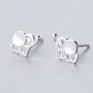 Mini Elephant 🐘 Sterling Silver(925) Post Earring